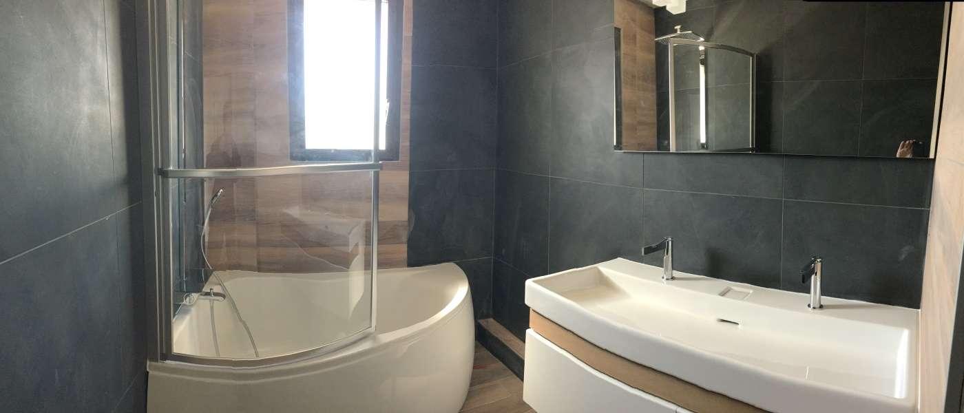 Plomberie, meuble salle de bains, jacuzzi, spa, lavabo